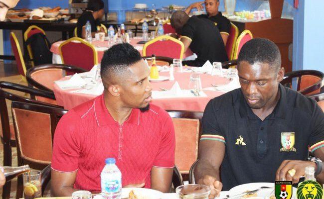 La Fédération internationale de football association (Fifa) somme la Fédération camerounaise de football de régler 207 millions de Fcfa à l'entraîneur néerlandais pour son licenciement abusif du poste de sélectionneur du Cameroun en juillet 2019.