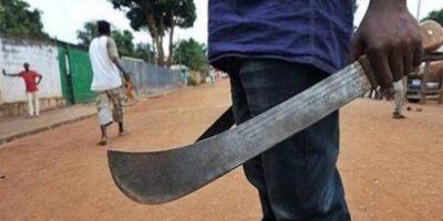Les populations se plaignent d'une montée en puissance des agressions et des braquages à main armée. Dieudonné Ivaha Diboua les traite de menteurs.