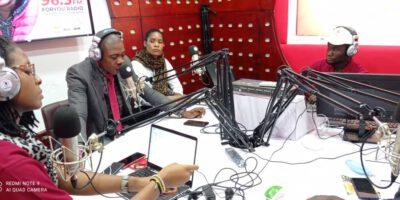Le lancement officiel de cette nouvelle radio située en pleine Rue de la Joie Deido à Douala, a connu la présence du gouverneur de la région du Littoral
