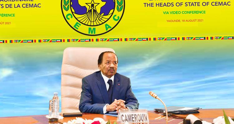 Placés sous le thème «évaluation de la situation macroéconomique de la zone Cemac en contexte de pandémie du covid-19 et analyse des mesures de redressement»,les travaux du sommet de Yaoundé tenu par visioconférence, se sont achevéspar le vœu de voir fleurir de nouveaux programmes de financement